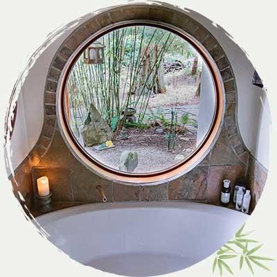 Soaker Tub - Seido-en Forest House - Salt Spring Island